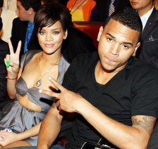 349220530_rihanna-chrisbrown-467